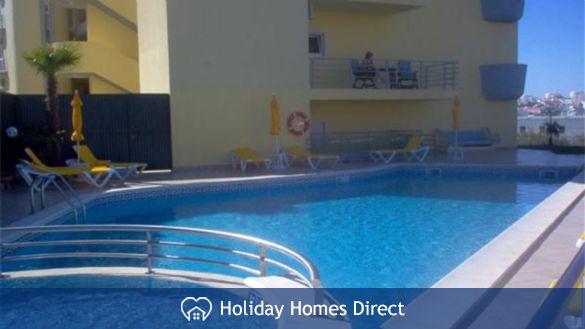Lagos-Algarve large 2 bed apartment