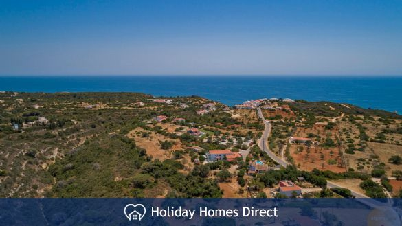 Detached luxury villa with pool, just for you