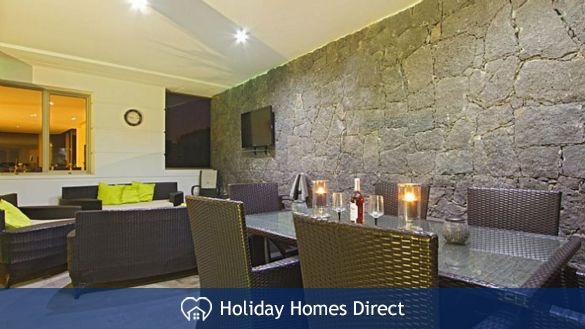 Villa insignia indoor dining room in Lanzarote