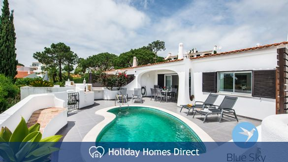 Villa Lilly Private swimming pool on the Algarve