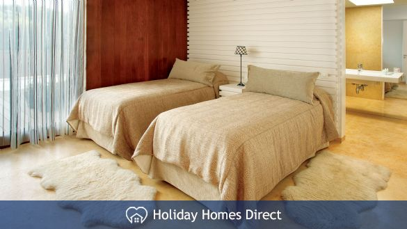 Pine cliff Terrace double single bed in Portugal