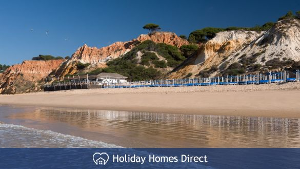 Pine Cliffs Townhouses beach in Portugal