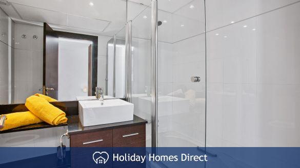 Spare Bathroom in Casa Kerr on the Algarve