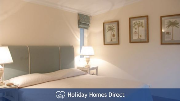 Spare bedroom in 15-monte-golf