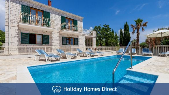 Villa Vjeka, Sumartin, Brac Island – 4 bedroom Willa with pool