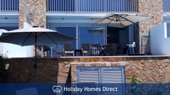 Villa Fatima outdoor seating area in Portugal