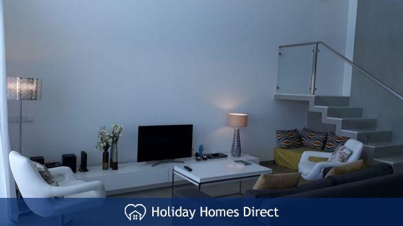Villa Fatima sitting room with a tv in the Algarve