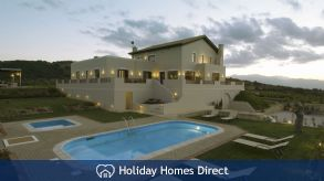 Holiday House Country Luxury Villa