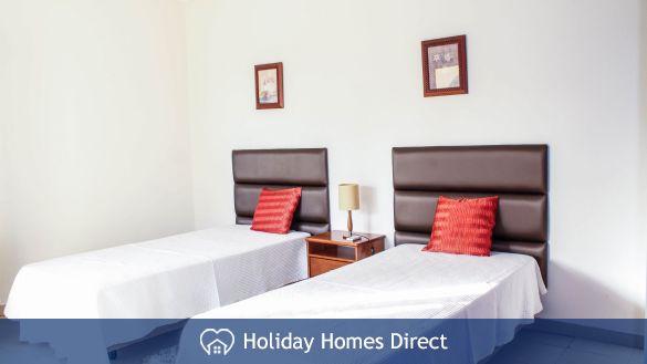 Villa Jasmin two single beds on the Algarve