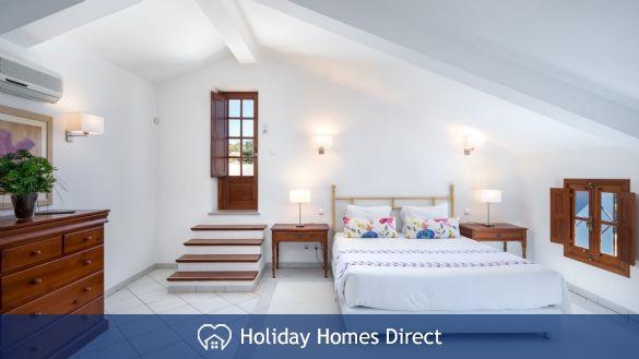Master Bedroom In Casa English on the Algarve