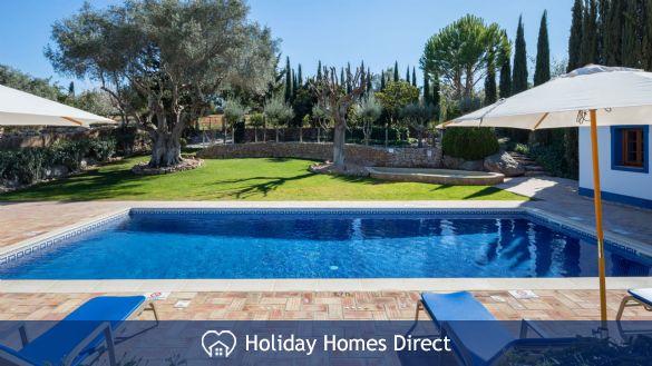 Private Pool In Casa English on the Algarve