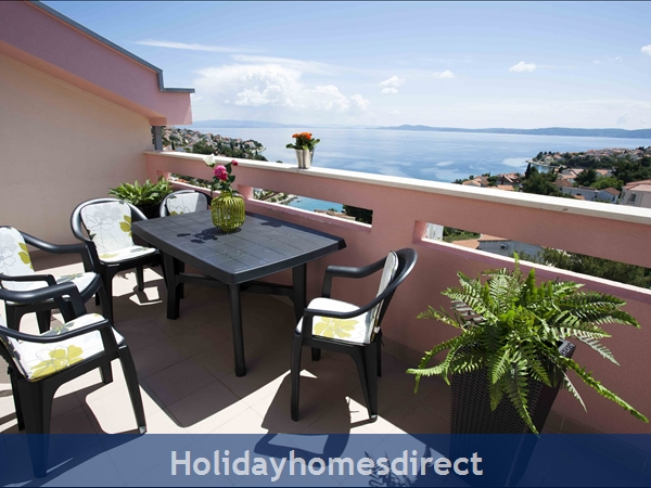Penthouse Christina - 4 Star Holiday Homes Overlooking The Sea On Ciovo, Amazing Panoramic Views Of The Adriatic Sea: Penthouse Christina