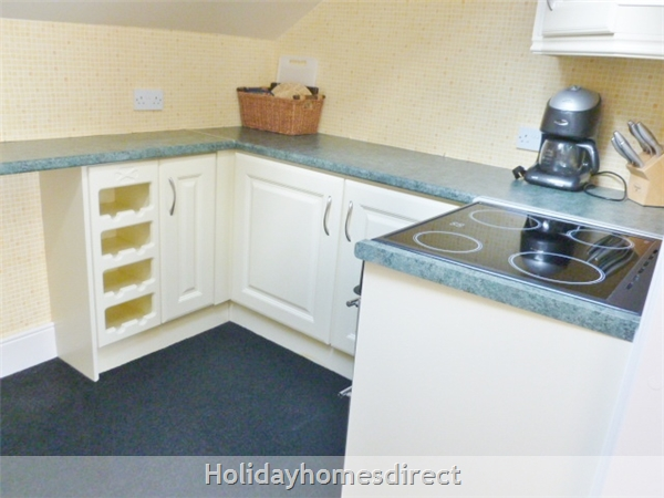 Dublin, Super Top Floor Apartment With Stunning Sea Views, 10 Minutes From City Centre. Tourist Board Approved.: Image 25