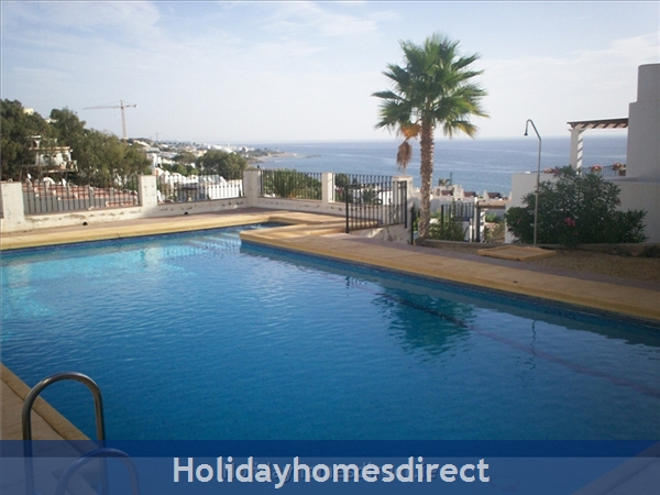 Stunning Sea-views Luxury Apartment.  Spanish Tourism Registered.  Free Wifi.  5 Minutes  Walk  Playa And Beaches, Uk Tv.: Pool
