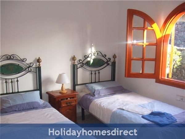 Villa Saoirse - Puerto Del Carmen: Twin bedroom