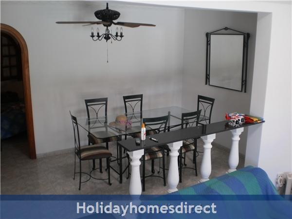 Villa Saoirse - Puerto Del Carmen: Dining area