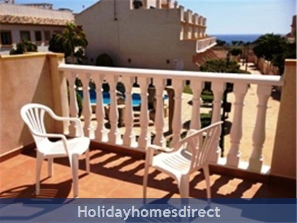20 Aldeas De Aquamarina Iii, Costa Blanca: master bedroom balcony
