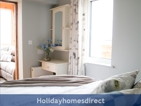 Pebble Beach, Sligo: Downstairs Bedroom