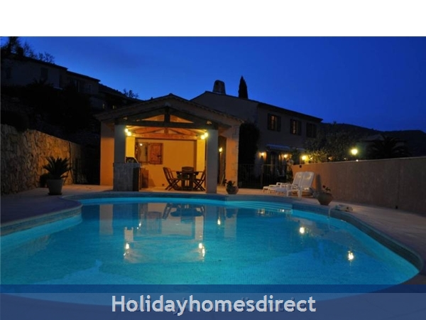 Mas St. Joseph, Provence Villa Rental: Evening Pool