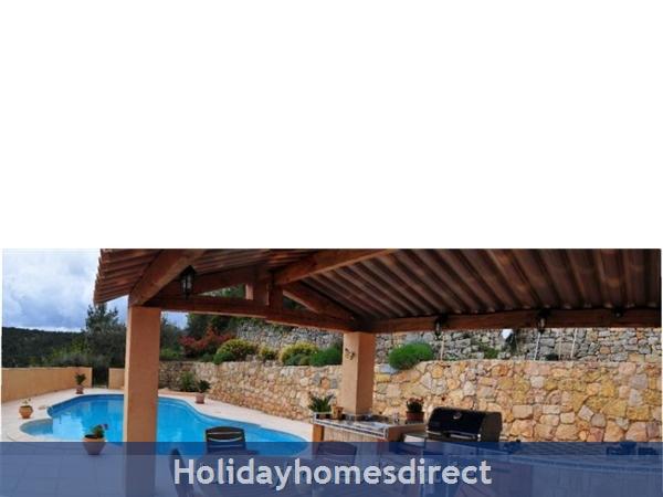 Mas St. Joseph, Provence Villa Rental: Sumer kitchen