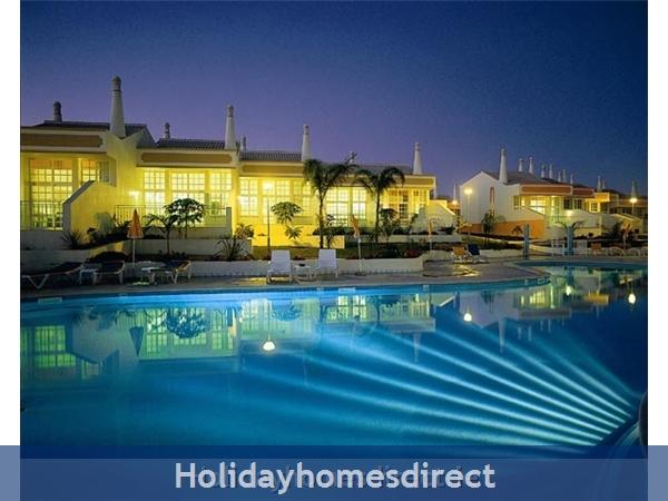 PONTA GRANDE, Sao Rafael, 2 Bedroom, 2 Bathroom Algarve Holiday Home