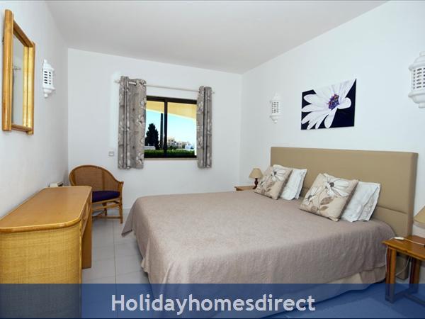 Casa Orla, Monte Dourado, Carvoeiro: Master bedroom