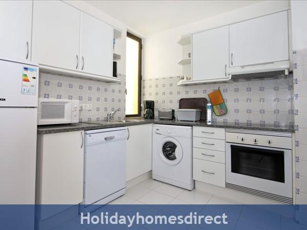 Casa Orla, Monte Dourado, Carvoeiro: Kitchen