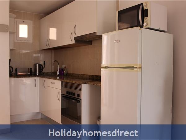 Esmerelda, Fuerteventura Holiday Rental Apartment: Kitchen
