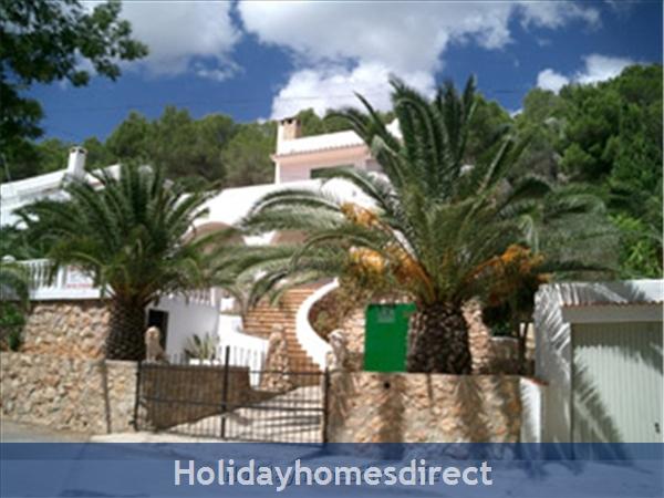 Casa Noria, Lovely 2 Bedroom house in Cala Llonga, Ibiza