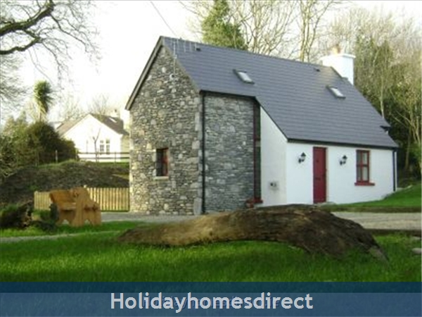 John's Cottage, Doire Farm Cottages, Kenmare
