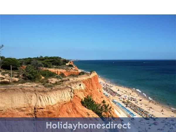 The Victoria Sport & Beach Hotel: Beach