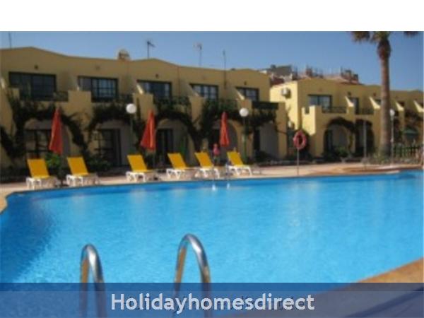 Caleta De Fuste, Fuerteventura: Pool Area