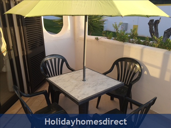 5***** Alto Club  - One Bedroom Luxury Air-conditioned Apartment With Free Wi-fi, Alvor: Terrace