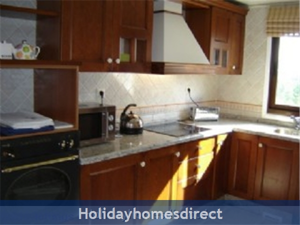 Pine Sun Park, 2 Bedroom Apartment, Albufeira (villamoura Area): kitchen