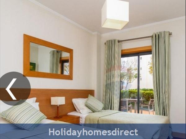 Parque Da Corcovada Apartment, Albufeira: Guest Bedroom