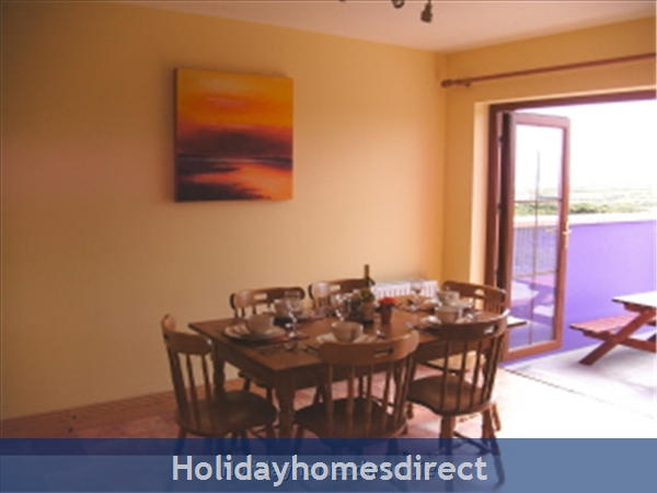 Strand View Holiday Homes, Allihies, West Cork: Dining Room