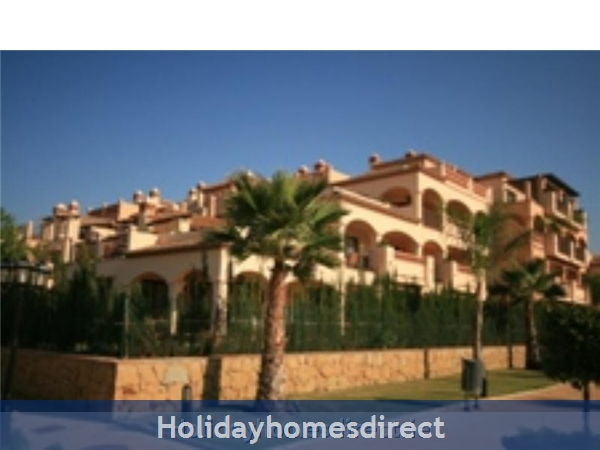 Jardines De La Noria, 2 Bedroom Apartment, Mijas Costa, Spain