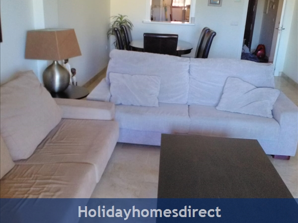 Jardines De La Noria, 2 Bedroom Apartment, Mijas Costa: Sitting room/lounge
