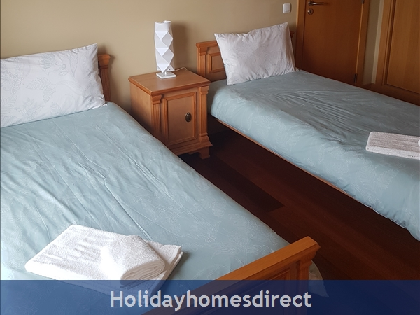 Parque Da Corcovada, 4 Bed Ground Floor Entrance Apartment, Albufeira Free Wifi: Image 5