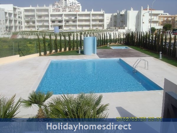 Parque Da Corcovada, 4 Bed Ground Floor Entrance Apartment, Albufeira Free Wifi: Image 2