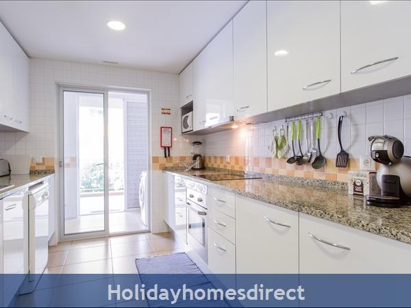 Varandas De Carteia, Apartment 150 Metres From Quarteira Beach: Kitchen