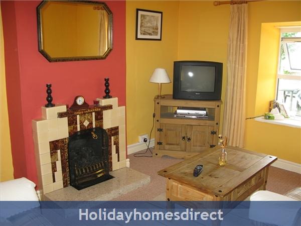 Old Farm Cottage, 3 Bed Holiday Home Sligo: Sitting Room