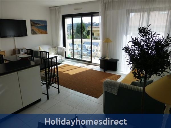 Beaulieu Sur Mer, Accommodation Cote D'azur: Lounge area