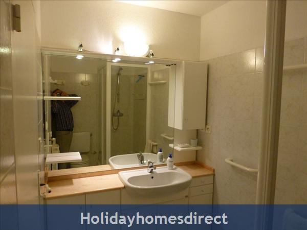 Beaulieu Sur Mer, Accommodation Cote D'azur: Bathroom