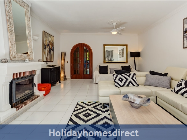 Falesia Beach, A Beautiful 2 Bedroom Duplex Townhouse F, Excellent Location, Walking Distance To Falesia Beach And Amenities. (3413/al): Falesia Beach, A Beautiful 2 Bedroom Duplex TownHouse F, excellent location, walking distance to Fal
