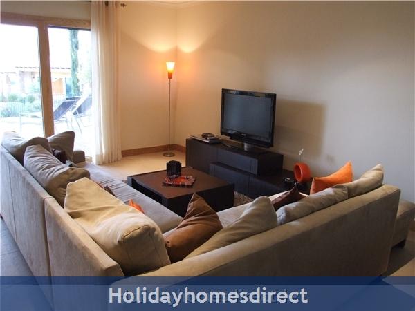 Villa Jose, Praia Da Luz/lagos/west Algarve: Large Living 37