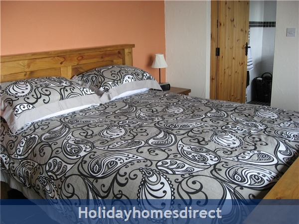 Self Catering Waterville, Kerry: Main Bedroom