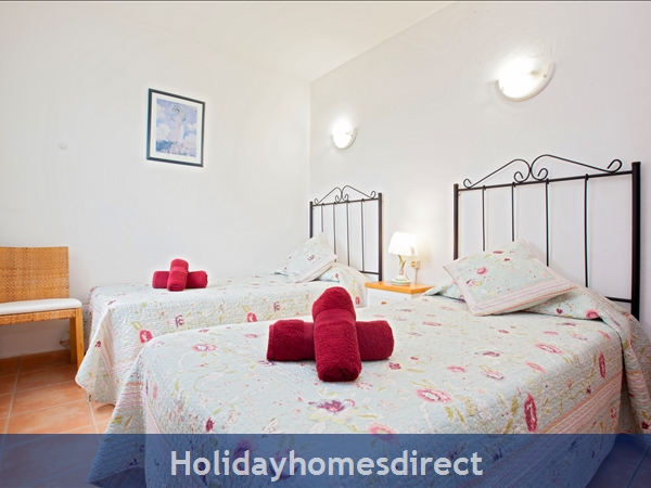 Casa Gegore With Private Pool, Old Town Puerto Del Carmen, Lanzarote: 2nd twin bedroom