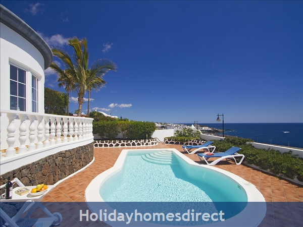 Villa el Sueno with panoramic sea views & private heated pool, Puerto del Carmen Old Town, Lanzarote