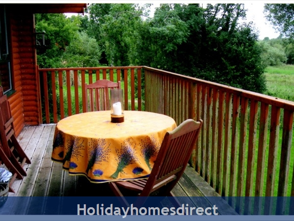 Ramley - Cornadarragh Forest Park: Decking terrace
